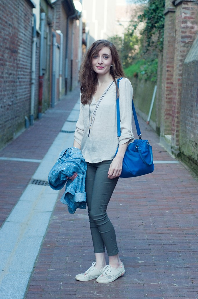 Look chemise beige Alexiane blog mode