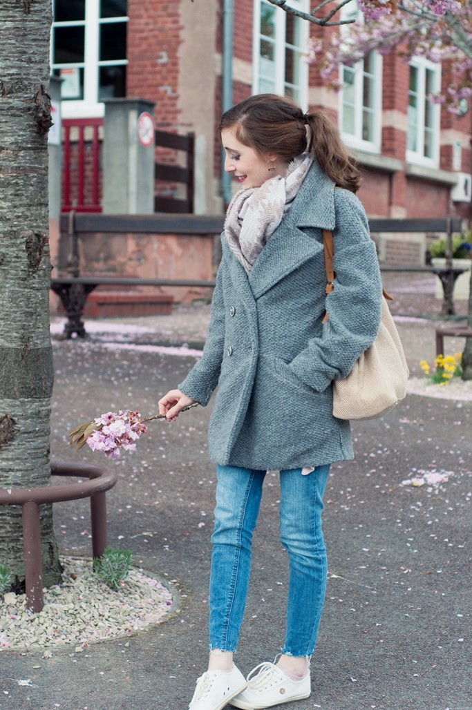 Look jean manteau gris blog mode