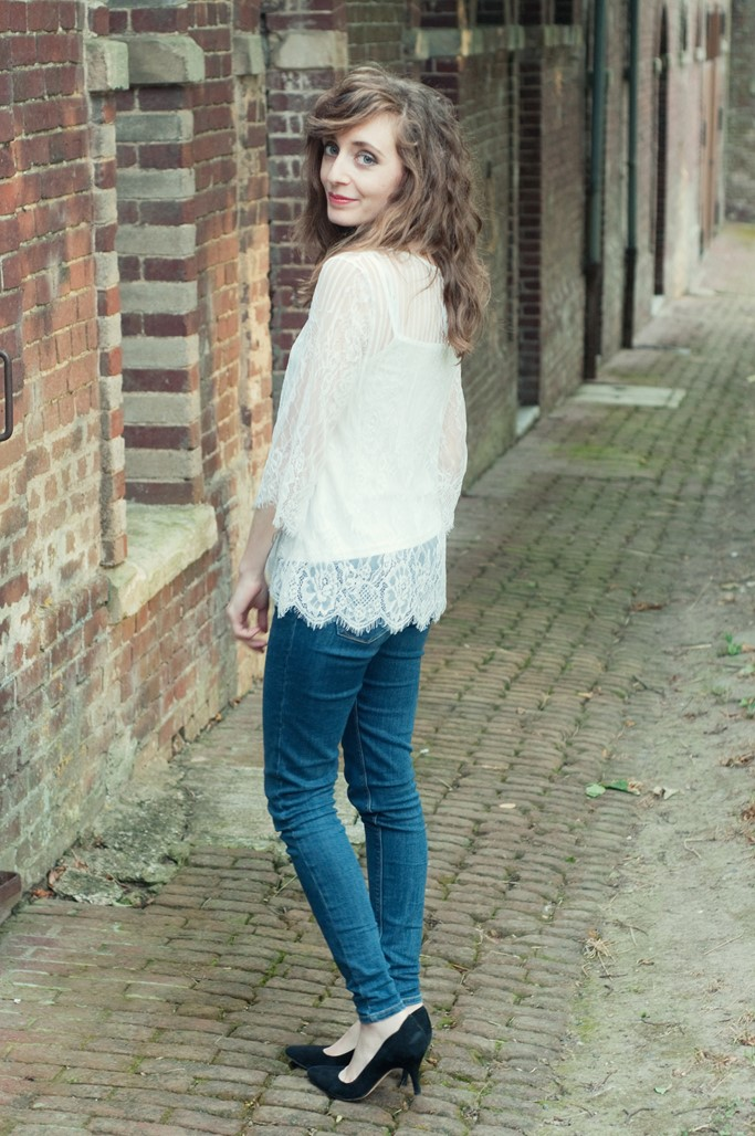 Blouse dentelle blanche Jus d'Orange blog mode Alexiane