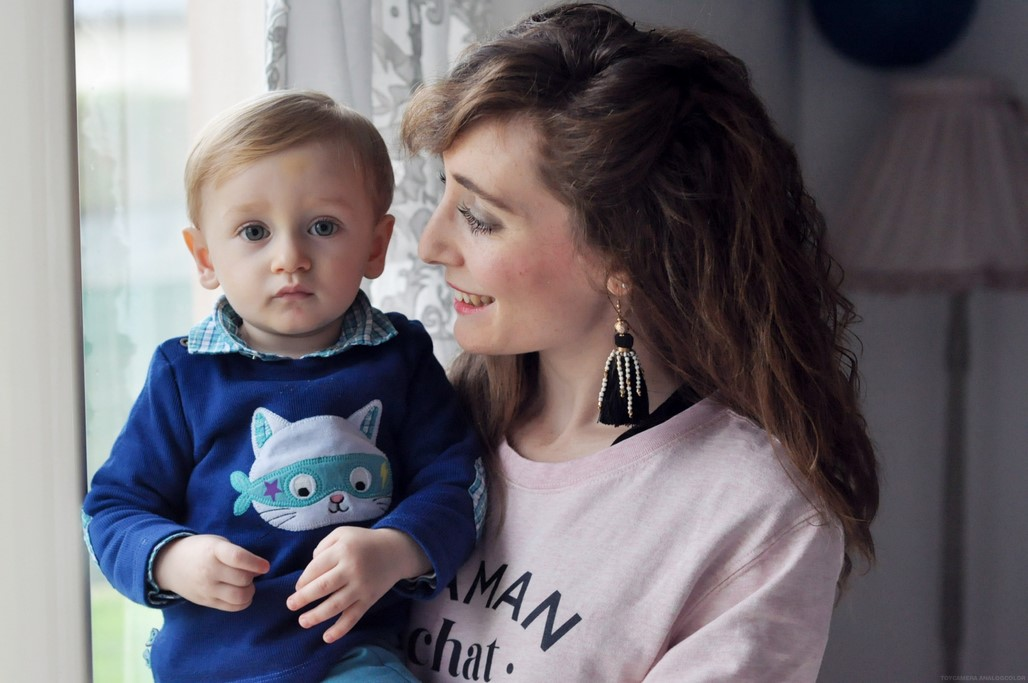 Sweat rose Maman chat enfant bebe famille blog Alexiane