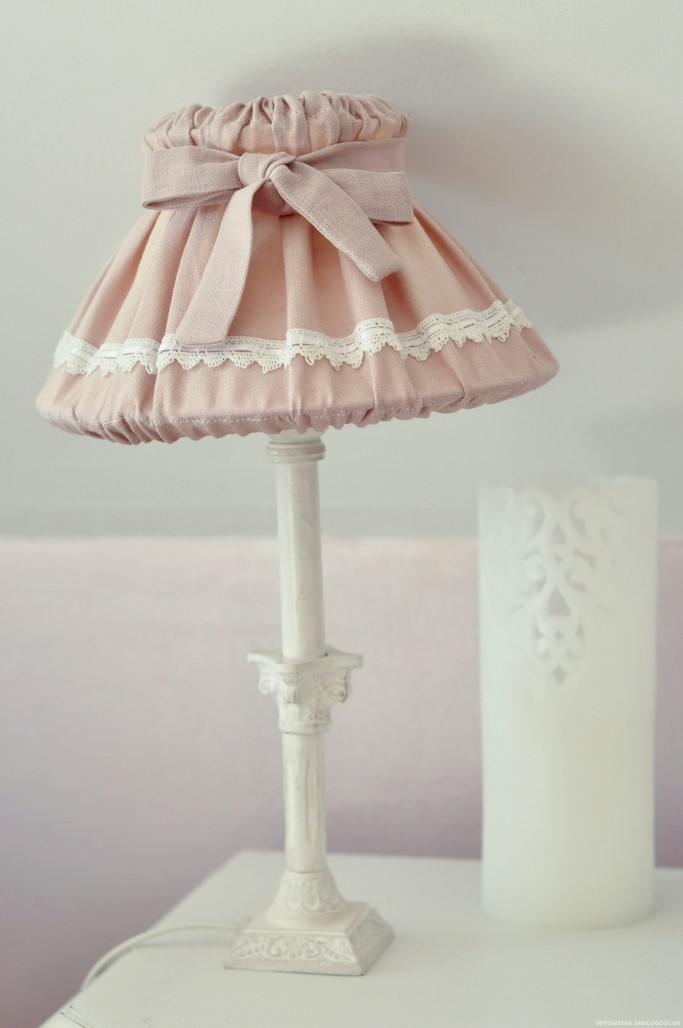 Lampe abat jour rose decoration shabby home chic
