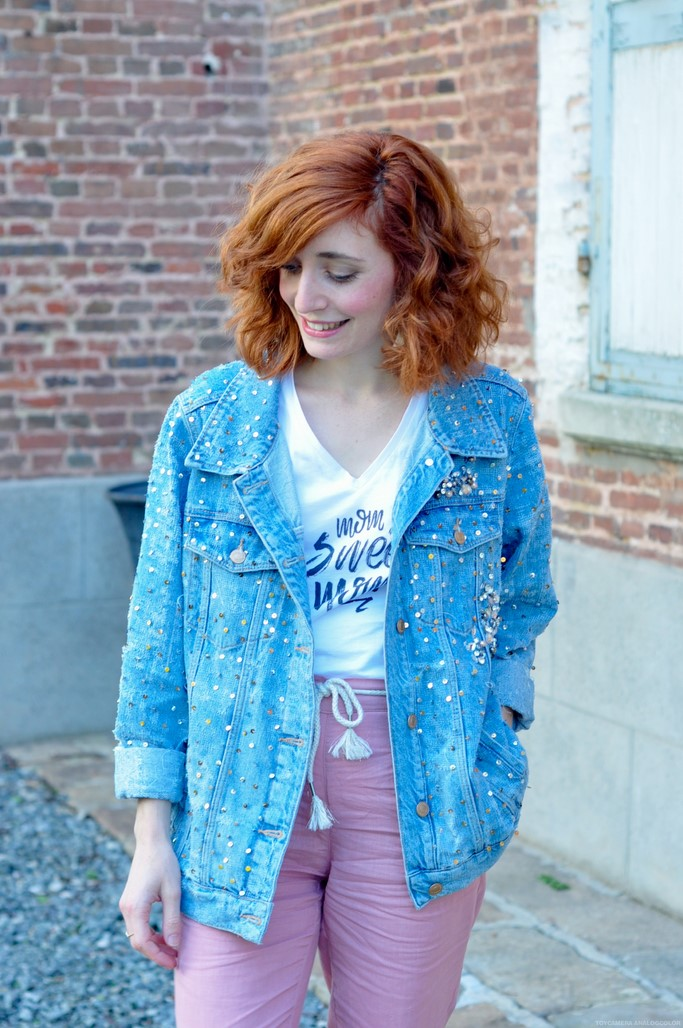 Look veste en jean sequins pantalon rose blog mode Picardie Alexiane