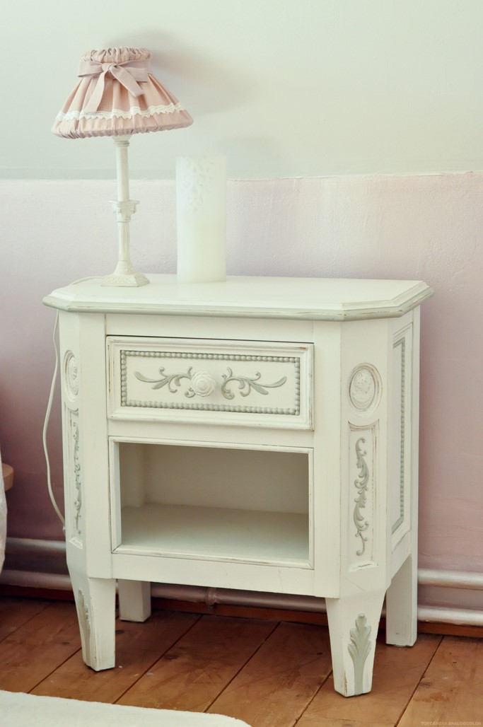 Table de chevet blanche décoration Shabby chic home