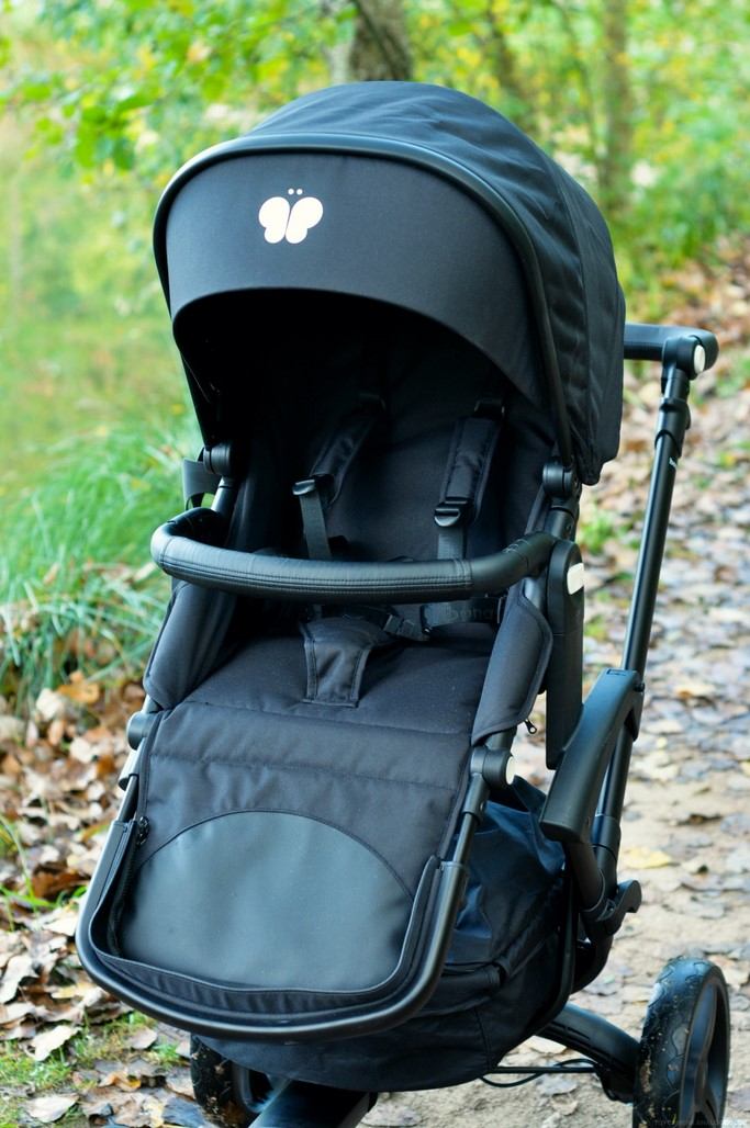 Test avis poussette BONAVI all black bebe enfant blog Maman Alexiane