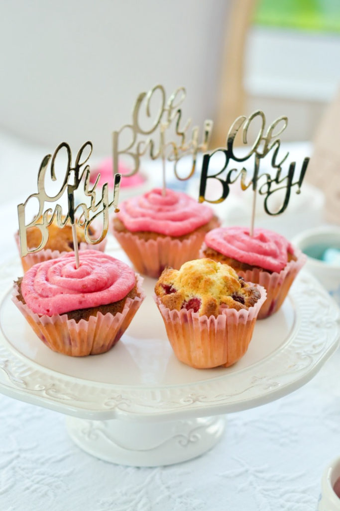Muffin cupcake framboise rose OH BABY gender reveal party baby shower